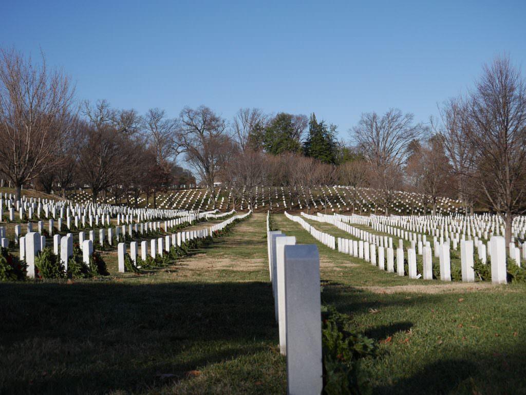 Takich pomników jest tysiące. To wszystko, co zostaje po żołnierzach armii