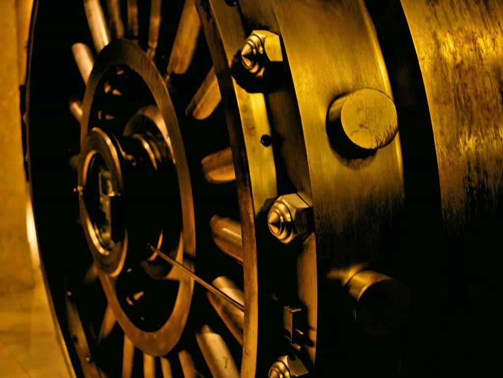 Tajna, podziemna krypta byłego banku